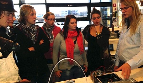 ACD students visit the ASaP laboratory