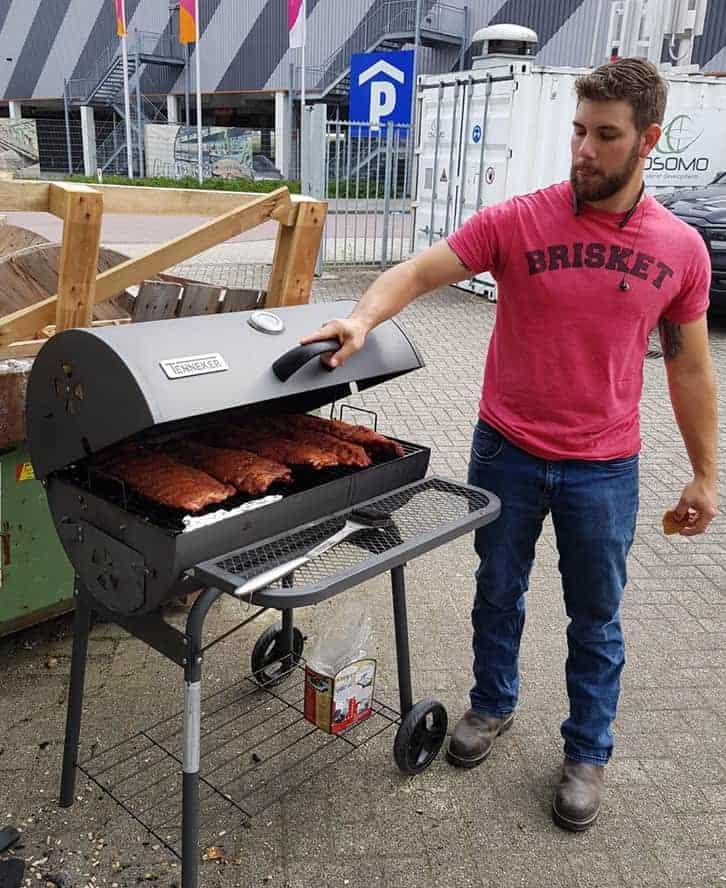 David Obusziewski preparing ribs Texas BBQ style