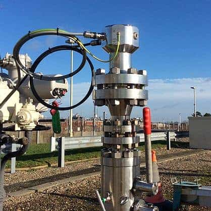 Pipeline contamination monitor for natural gas systems - LineVu Outside Refinery