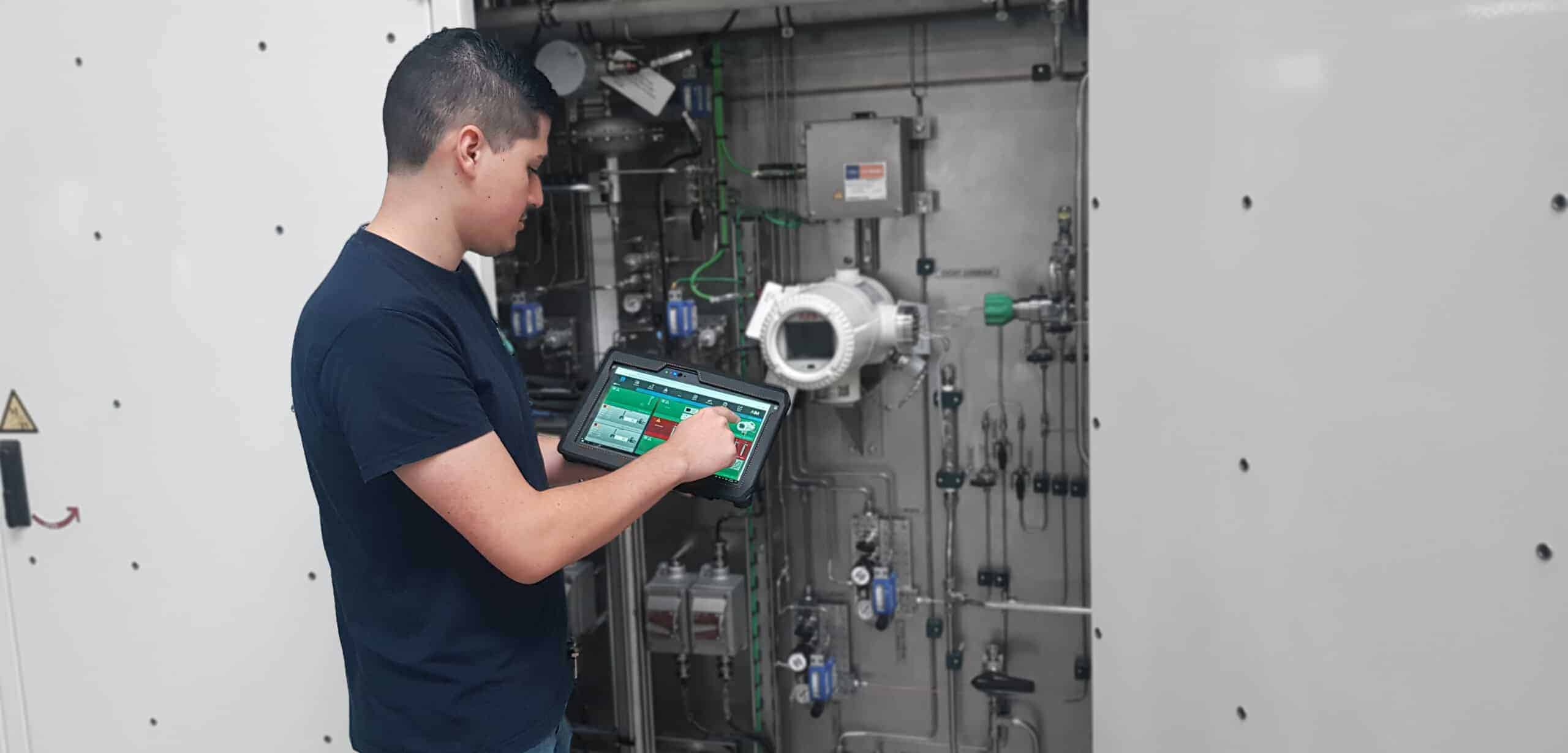 LNG Sampler predictive maintenance and operation with AIM
